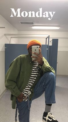 solid primary colours on each other, good basic Grunge Outfits, Boy Outfits, Casual Outfits, Fashion Outfits, Goth Outfit, Pinterest Fashion, Vintage Stil, Fashion Mode, Aesthetic Clothes