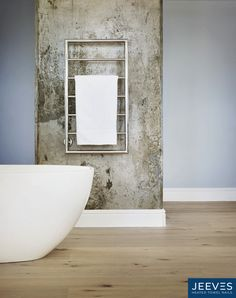 Jeeves Spartan Boxx heated towel rail in mirror-polished stainless steel. #jeevesheatedtowelrails #heatedtowelrails #bathroomdesign #towelwarmers #interiordesign #interior #bathroom #homedecor