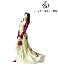 Royal Doulton Figurine Pretty Lady Loving Thoughts HN5104 New box