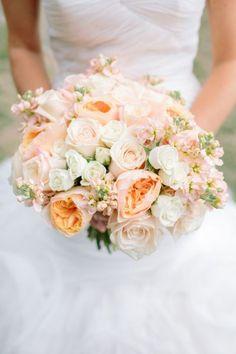 Los 50 ramos de novia más bonitos: elegancia y distinción en tu boda Image: 12