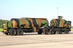 Matériels et véhicules : le Camion de ravitaillement avancé pétrolier à capacité étendue (Carapace) Carapace, French Army, Military Equipment, Techno, Tractors, Scale, Trucks, Modern, Autos