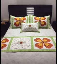 Tendido Crazy Patchwork, Patchwork Designs, Applique Designs, Quilting Designs, Cute Quilts, Easy Quilts, Patch Quilt, Applique Quilts, Tropical Quilts