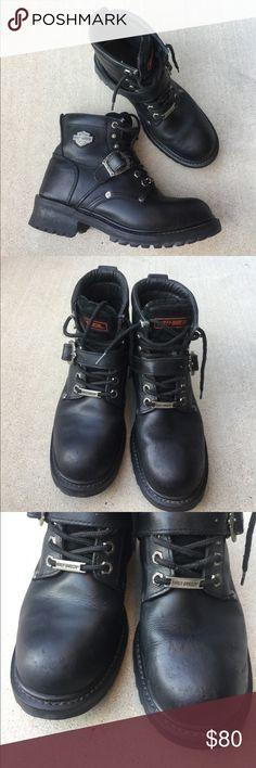 Harley Davison motor cycle leather boots size 9 Gently worn , size 9 , number 8102 , leather Harley-Davidson Shoes Combat & Moto Boots
