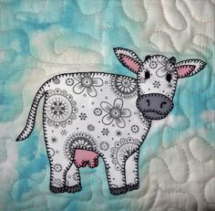 Cow PDF applique quilt block pattern farm animal by MsPDesignsUSA Quilt Baby, Baby Girl Quilts, Girls Quilts, Applique Templates, Applique Patterns, Applique Quilts, Baby Applique, Farm Quilt Patterns, Quilting Projects