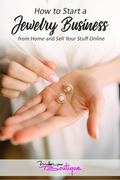 Learn how to successfully start a jewelry business from the comforts of your home and sell them online with this guide.    #onlineshopping #onlinesselling #jewelry