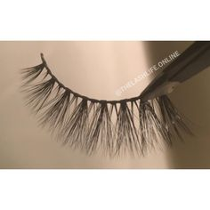 ✨Eden - 3D Silk Lash for a natural appearance with wispy length (reusable up to 25 wears) •Visit www.thelashlife.online (link in bio)• Free Shipping on orders over $15 🌏