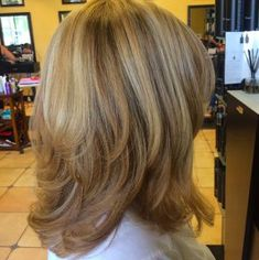 Medium Layered Haircuts for Women 2019 Pin On Beautiful Hair Of 99 Best Medium Layered Haircuts for Women 2019 Medium Hair Cuts, Short Hair Cuts, Medium Hair Styles, Short Hair Styles, Short Wavy, Layered Haircuts For Women, Haircuts For Long Hair With Layers, Classy Hairstyles, Modern Hairstyles