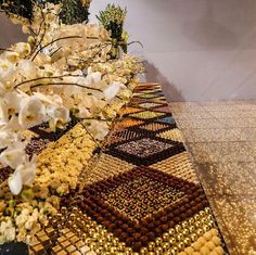 Mesa de Doces Mosaico é Tendência para Casamentos - Peguei o Bouquet