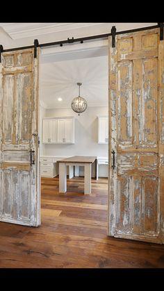 Antique Doors Make your house a piece of art with beautiful antique European doors. Vintage Doors, Antique Doors, Old Doors, Door Design, House Design, Rustic Doors, Rustic Interior Doors, Antique Interior, Iron Doors