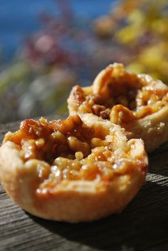 Jean's Famous Butter Tarts this is the filling recipe! Just Desserts, Delicious Desserts, Yummy Food, Awesome Desserts, Mini Desserts, Pie Dessert, Dessert Recipes, Canon 100d, Canadian Food