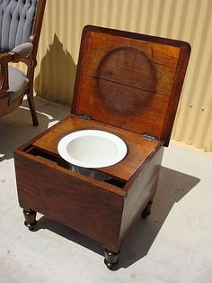 Lovely This Is A Nice Victorian Antique Commode That Is Made Out Of Mahogany And  Dates From The Chamber Pot Is 16 Tall, Wide, 16 Deep, It