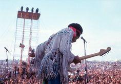 De todos os grandes festivais de música já ocorridos, nenhum se aproxima do impacto cultural e musical e da importância histórica que o festival de Woodstock, ocorrido entre os dias 15 e 17 de agosto de 1969 em uma fazenda do estado de Nova Iorque, nos EUA, alcançou ao longo dos anos. Não é por acaso, portanto, que o lugar onde ocorreu o festival acaba de ser incluído no registro nacional de locais históricos dos EUA. A Feira de Arte e Música de Woodstock – nome oficial do festival na época…