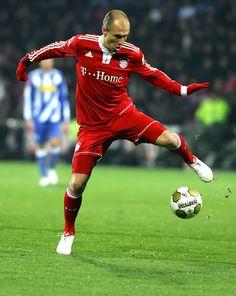 Unser Superstar und Flügelspieler Arjen Robben    Our Superstar and right winger Arjen Robben