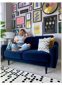 Blue Velvet Sofa Living Room, Blue Living Room Decor, Colourful Living Room, Living Room Sofa, Home Living Room, Living Room Designs, Navy Blue Velvet Sofa, Grey Couch Decor, Blue Sofas