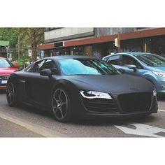 Matte black R8!