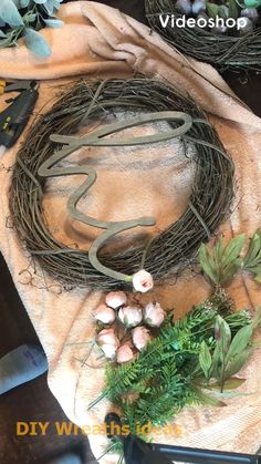 Wreath making, DIY, farmhouse wreath You are in the right place about diy wreaths for front door eas Wreath Crafts, Diy Wreath, Wreath Making, Grapevine Wreath, Ribbon Wreath Tutorial, Wreath Ideas, Deco Nature, Creation Deco, Deco Floral
