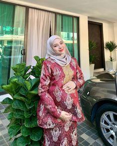 Girl Hijab, Maternity Pictures, Hijab Fashion, Pajamas, Sexy, Style, Women, Maternity Shoots, Pjs