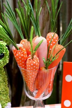 Hostess with the Mostess® - Carrot Easter Table, cute idea