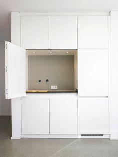 Küchenfront Mit Stauraum. Küchenorganisation Durch Küchenschränke. Ober   Und Unterschränke. Mehr Tipps Auf