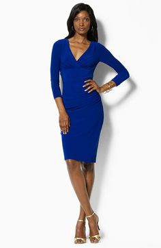 I love this picture and dress. Got that blue and gold! #sgrho
