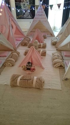 Girls' birthday parties are so sweet and sugar coated -- pinks, golds and dashes of rainbow unicorns! Here are birthday party theme ideas for girls. Sleepover Birthday Parties, Girl Sleepover, Birthday Party Themes, Birthday Ideas, Fete Marie, Teepee Party, Teepee Tent, Festa Party, Pajama Party