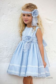 2020 Children's Evening Dresses and Beautiful Girls' Dresses Little Girl Fashion, Little Girl Dresses, Kids Fashion, Girls Dresses, Flower Girl Dresses, Winter Dresses, Evening Dresses, Kids Dress Wear, Baby Dress Patterns