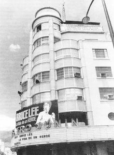 """La esquina mas impresionante de la Caracas de los años cincuenta, El nuevo Teatro Junin. Fuente: Libro """"Los cines de Caracas en el tiempo de los cines"""". Autor: Nicolas Sidorkovs. Caracas, 1994."""