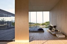 reiulf ramstad arkitekter - summerhouse inside out hvaler. Could this possibly be ANY cooler?? Loooove!!!