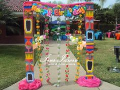 - Best ideas for decoration and makeup - Luau Theme Party, Hawaiian Party Decorations, Aloha Party, Hawaiian Luau Party, Moana Birthday Party, Hawaiian Birthday, Moana Party, Hawaiian Theme, Tiki Party