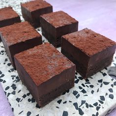 Mummums todelte kage med chokoladetrøffel is part of Desserts made] - Easy Cake Recipes, Brownie Recipes, Dessert Recipes, Decadent Brownie Recipe, Peanut Butter Swirl Brownies, Oreo Desserts, Danish Food, English Food, English Recipes