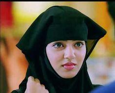 Nazriya Nazim, Malayalam Actress, Indian Models, South Indian Actress, Beauty Queens, Stylish Girl, Hd Photos, Beautiful Actresses, Ronaldo