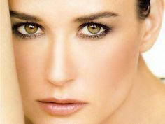 Demi Moore (Demi Guynes Kutcher) (born in Roswell, New Mexico (USA) on November Demi Moore, Beautiful Eyes, Beautiful People, Beautiful Women, Simply Beautiful, Female Actresses, Actors & Actresses, Et Wallpaper, Celebrity Portraits
