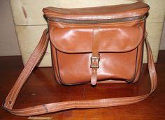 Diamond Co Vintage Leather Camera Bag by DaytonaVintage on Etsy, $30.45
