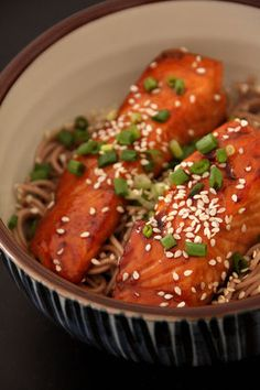 Nouilles soba et saumon teriyaki