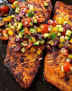 Salmon with Mediterranean Salsa Fresca