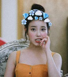 Iu Hair, Korean Beauty, Singer, Crown, Band, Jewelry, Fashion, Moda, Corona