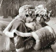 Sisters, sisters,There were never more devoted sisters::Interesting. One looks very sweet and the other looks, well, not so sweet. Images Vintage, Photo Vintage, Look Vintage, Vintage Pictures, Vintage Photographs, Vintage Christmas Photos, Vintage Holiday, Christmas Pictures, Holiday Photos