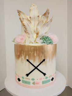 BoHo adventure tribal cake BoHo chic baby show Wild One Birthday Party, First Birthday Cakes, Birthday Cake Girls, Baby Birthday, Pocahontas Birthday Party, Birthday Ideas, 10th Birthday, Arrow Baby Shower, Tribal Baby Shower