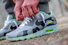 "Nike Air Max 90 KJCRD ICE QS ""Volt"" (Detailed Pictures)"