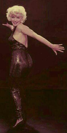 Marilyn. Photo by Richard Avedon, 1958.