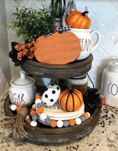 Ways To Decorate Your Tiered Tray For Halloween These trendy DIY and Craft ideas would gain you amazing compliments. Check out our gallery for more ideas these are trendy this year. Farmhouse Halloween, Halloween Home Decor, Fall Home Decor, Autumn Home, Fall Halloween, Halloween Decorations, Fall Decorations, September Decorations, Fall Entryway Decor