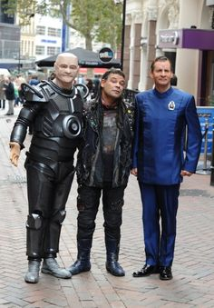 Chris Barrie, Craig Charles and Robert Llewellyn at event of Red Dwarf (1988)