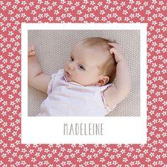 Une ambiance florale et une jolie photo de votre enfant, voilà tout ce qu'il vous faut pour annoncer la nouvelle autour de vous. Avec ce faire-part ...