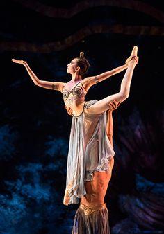 Alys Shee in the 'Arabian Dance' from Birmingham Royal Ballet's Nutcracker; photo: Bill Cooper