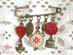 "#brooch #accessories #jewelry # Old Slavic amulet  #Slavic amuletКупить Брошь ""Счастье, добро и удача"" - ярко-красный, оберег, оберег для дома, обереги в подарок Brooch ""Happiness, good and luck""  amulets as a gift"