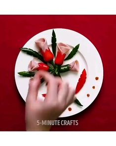 Food tips Lovely Nails lovely nails 2 Cute Food, Yummy Food, Creative Food Art, Creative Ideas, Food Carving, Vegetable Carving, Fruit Decorations, Food Garnishes, Garnishing
