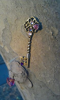 Love Never Fails Fantasy Key by ArtByStarlaMoore on DeviantArt Antique Keys, Vintage Keys, Seahorse Costume, Special Keys, Old Keys, Magical Jewelry, Key Jewelry, Keys Art, Key To My Heart