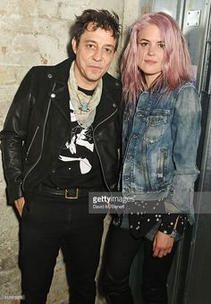jamie-hince-and-alison-mosshart-of-the-kills-attend-diesels-party-on-picture-id623978876 (710×1024)