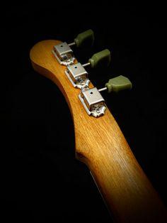 Guitare Electro-acoustique résonateur 3 Cigar par VestapolGuitars