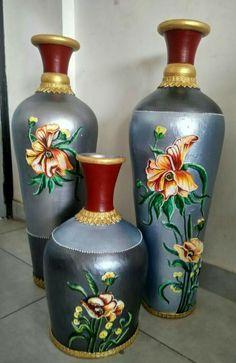 7 Simple and Impressive Tricks Can Change Your Life: Vases Decor Farmhouse wooden vases kitchens.Floor Vases With Sticks. Old Vases, Large Vases, Antique Vases, Vase Centerpieces, Vases Decor, Pottery Painting Designs, Vase Design, Round Vase, Vase Crafts